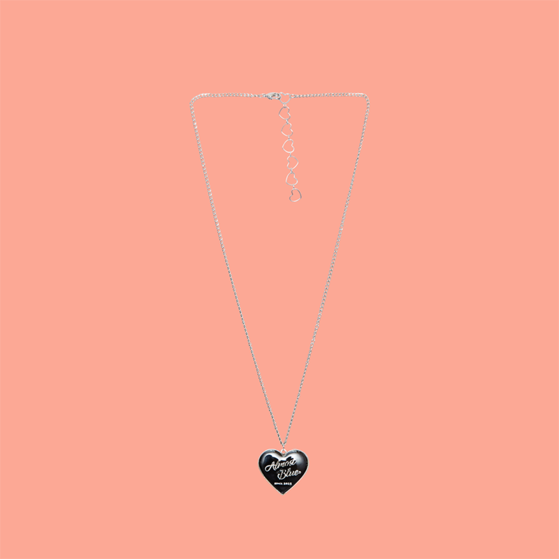 HEART MEDAL NECKLACE
